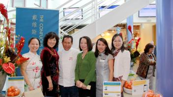 2015 Wine Pairing with Food by Martin Yan