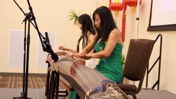 2016 Guzheng players at Mid-Autumn Festival